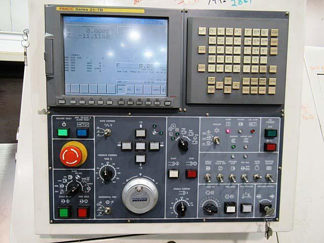 "DAEWOO DOOSAN PUMA 300C, Fanuc 21i CNC Control, 23"" Swing, 12"" Chuck, Tailstock with 27"" Centers, 12 Position Turret, 30 HP, 2800 RPM, New 2006."