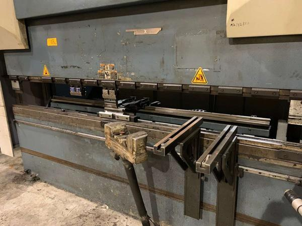 10' x 190 Ton Durma CNC 6 Axis Hydraulic Press Brake