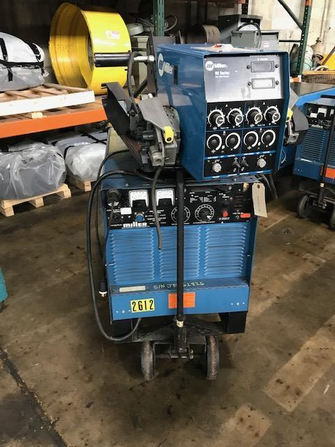 Miller 450 amp Pulstar 450 Constant Potential DC Mig Welder Power Source with D-60 Dual Gun Wire Feeder and Cart.