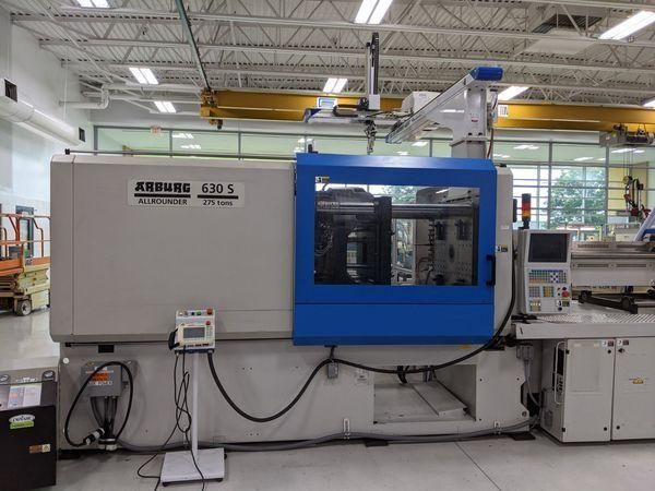 Arburg Used 630S2500-1300 Injection Molding Machine, 275 US ton, Yr. 2003, 21.4 oz.