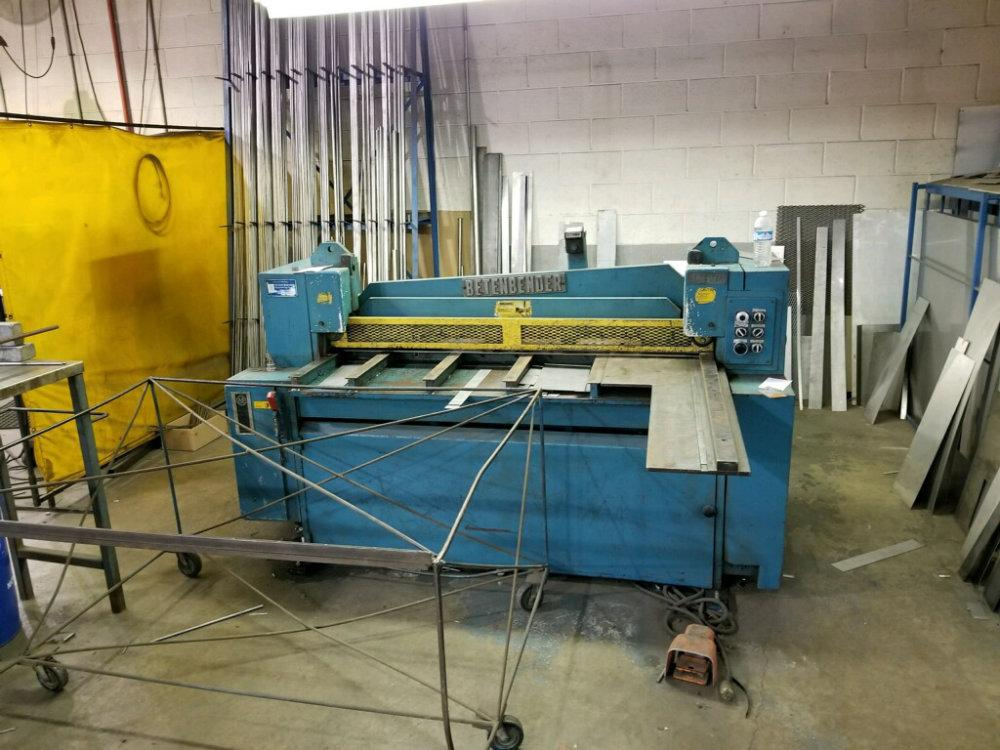 "USED BETENBENDER 60"" X 10GA. HYDRAULIC SHEAR, Model 60"" x 10 ga, 10ga. x 60"", Stock No. 10303"