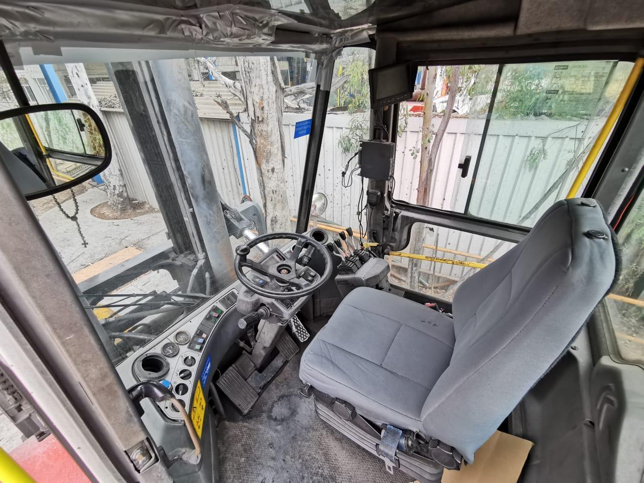 25 Ton Kalmar Forklift /Coil Lift Truck - Year 2009 K1