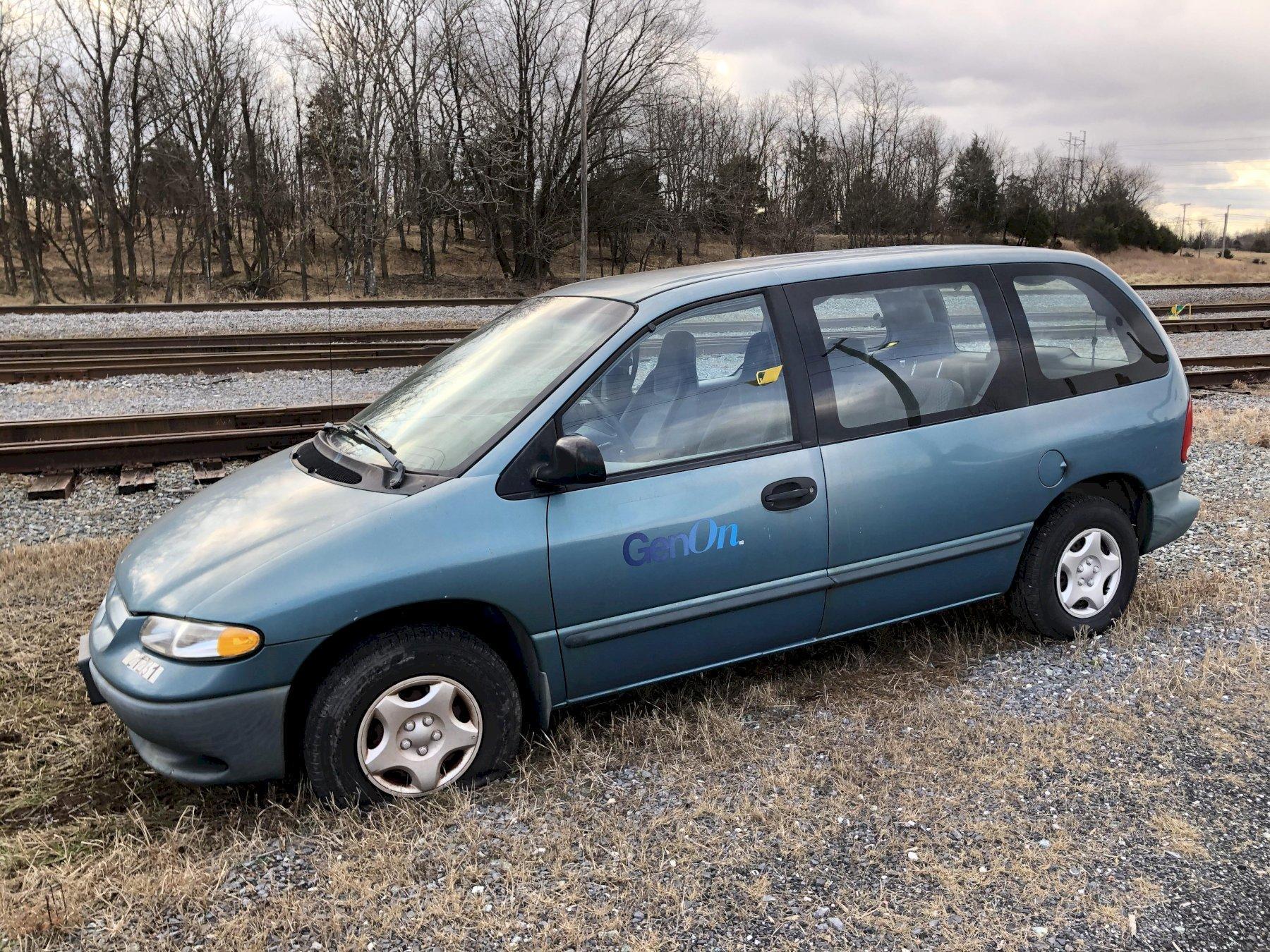 1999 Dodge Caravan vin# 2b4p25b2xr473441