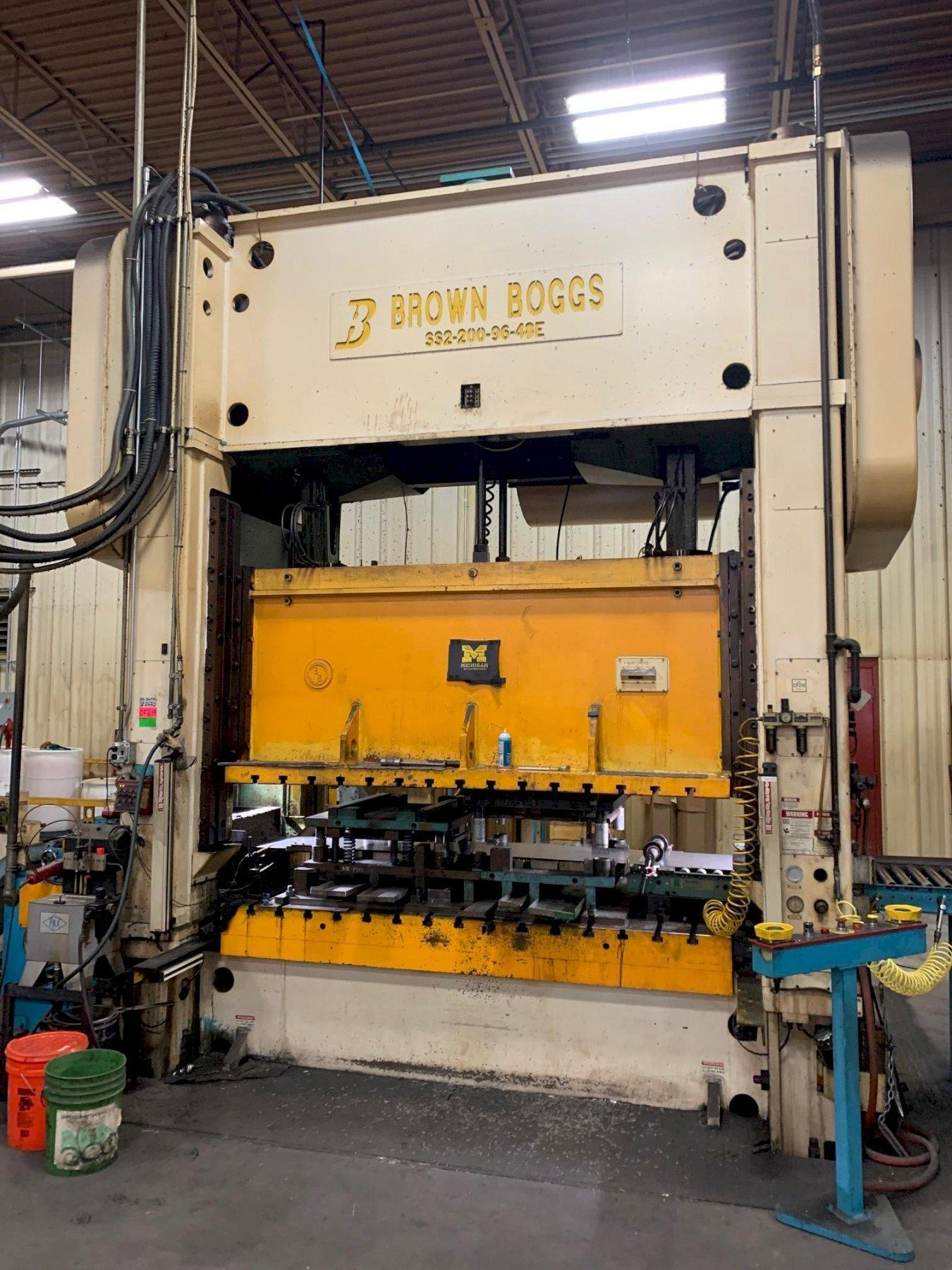 200 TON BROWN & BOGGS STRAIGHT SIDE PRESS
