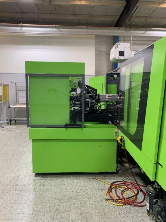 Engel VC 330H / 200L / 160 ton Two Material Molding Machine, 460V,  Yr 2016, 2.8 and 2.4 oz.