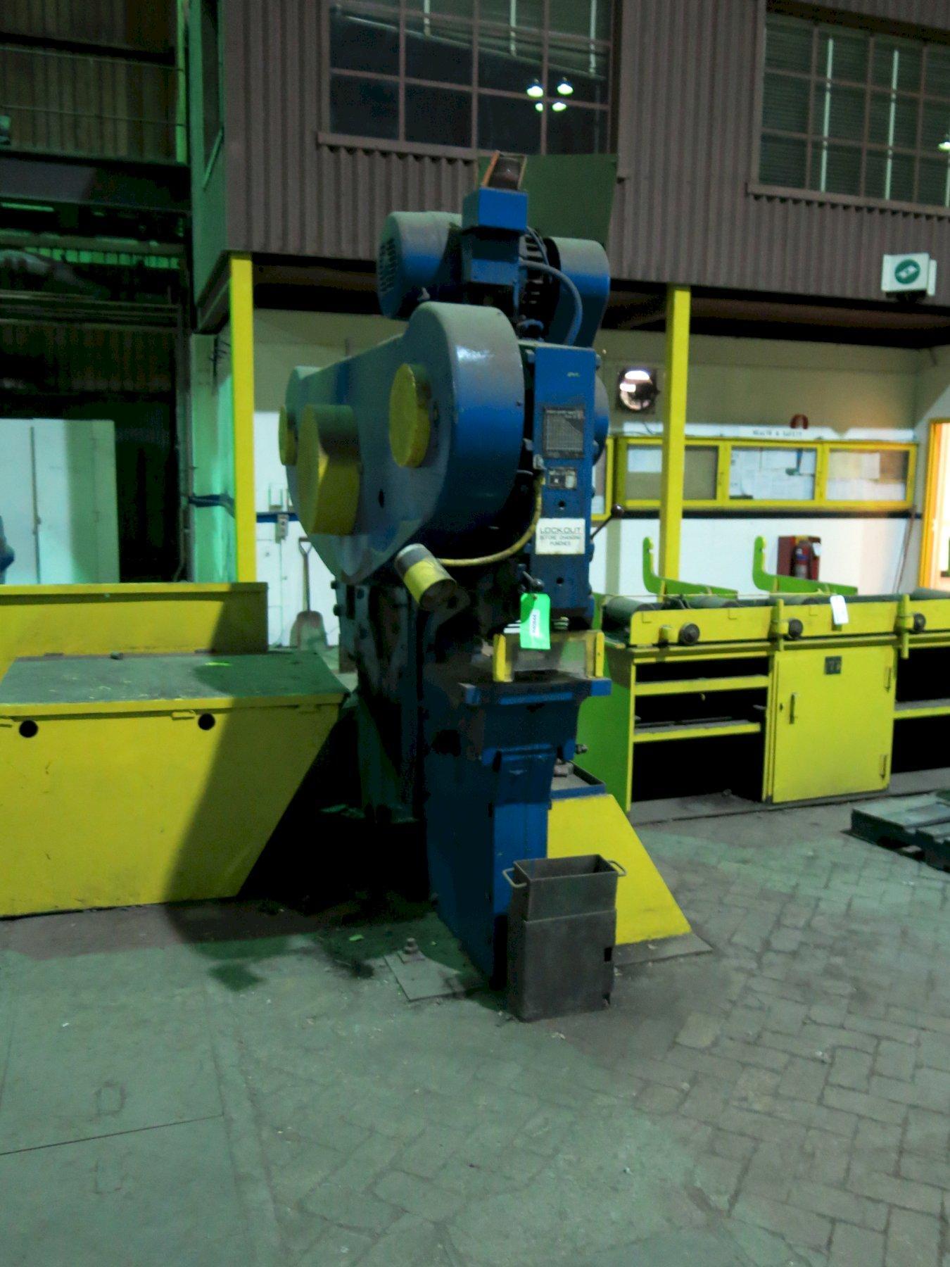 132 Ton Peddinghaus 210A/25 Universal Ironworker