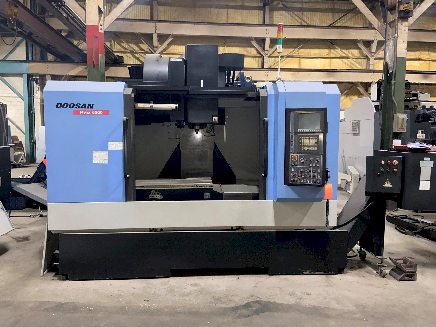 "Doosan Mynx 6500 CNC Vertical Machining Center, Fanuc Series i, 50""/26""/25"" Travels, 8K Spindle, 30 ATC, 21 Horsepower, Chiller, Box Way Design, 2011"