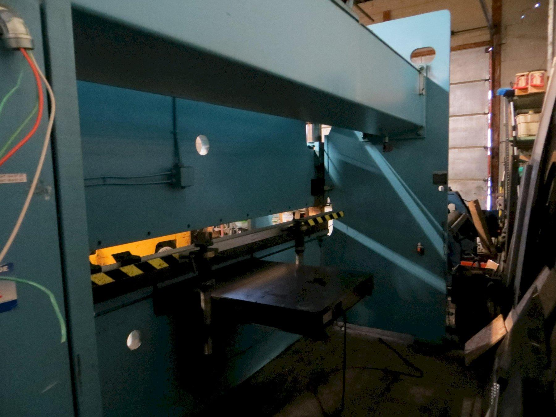 135 Ton x 12 ft. Niagara Hydraulic Press Brake Model HBM135-10-12 w/ Single Axis CNC Back Gauge