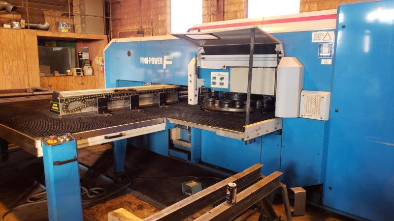 USED FINN POWER 30 TON HYDRAULIC TURRET PUNCH MODEL FS-25 SB, 1999, Stock No. 10573