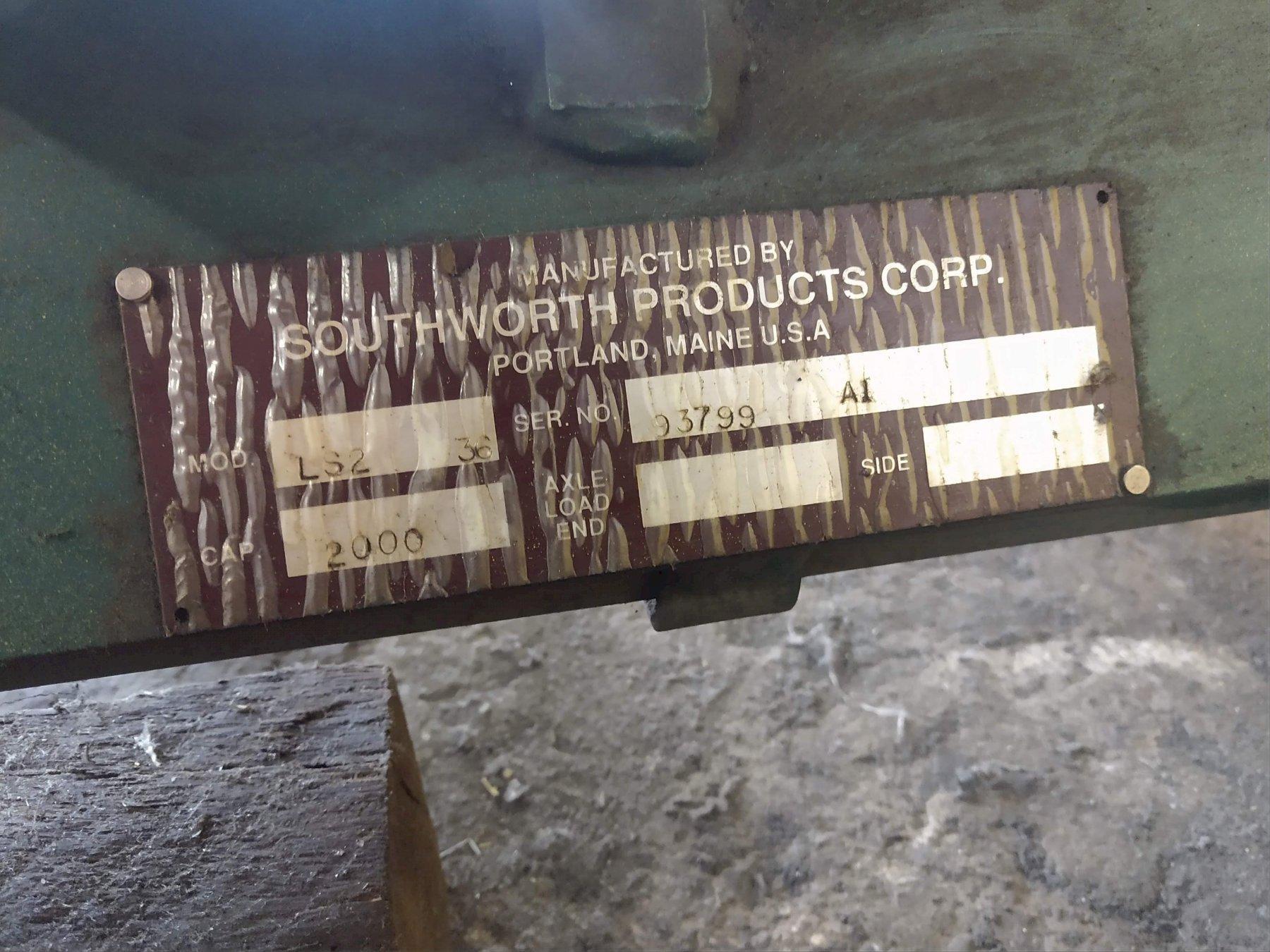 2,000 LB SOUTHWORTH ELECTRIC SCISSOR LIFT TABLE