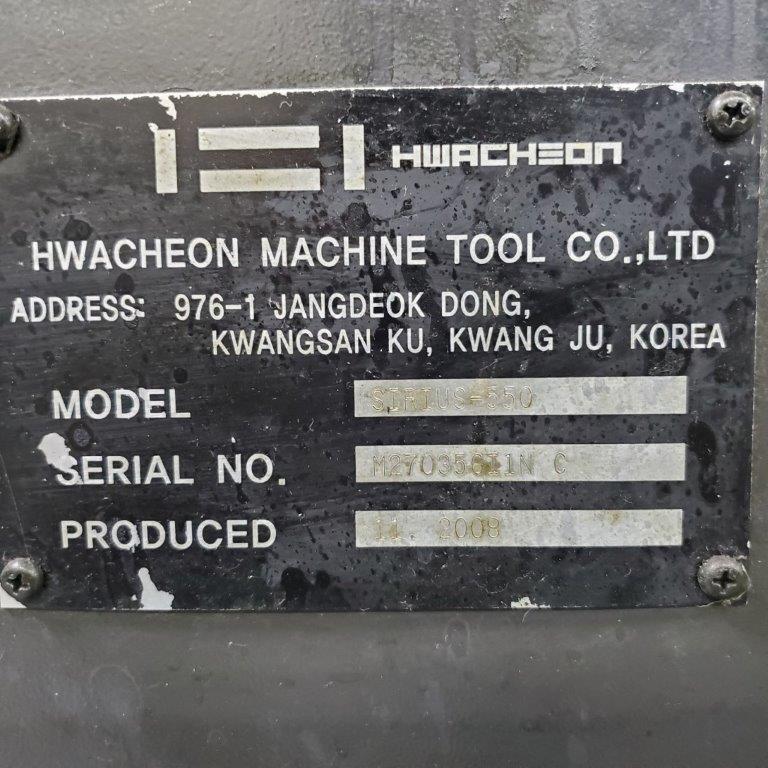 Hwacheon Sirius 550 VMC 2008