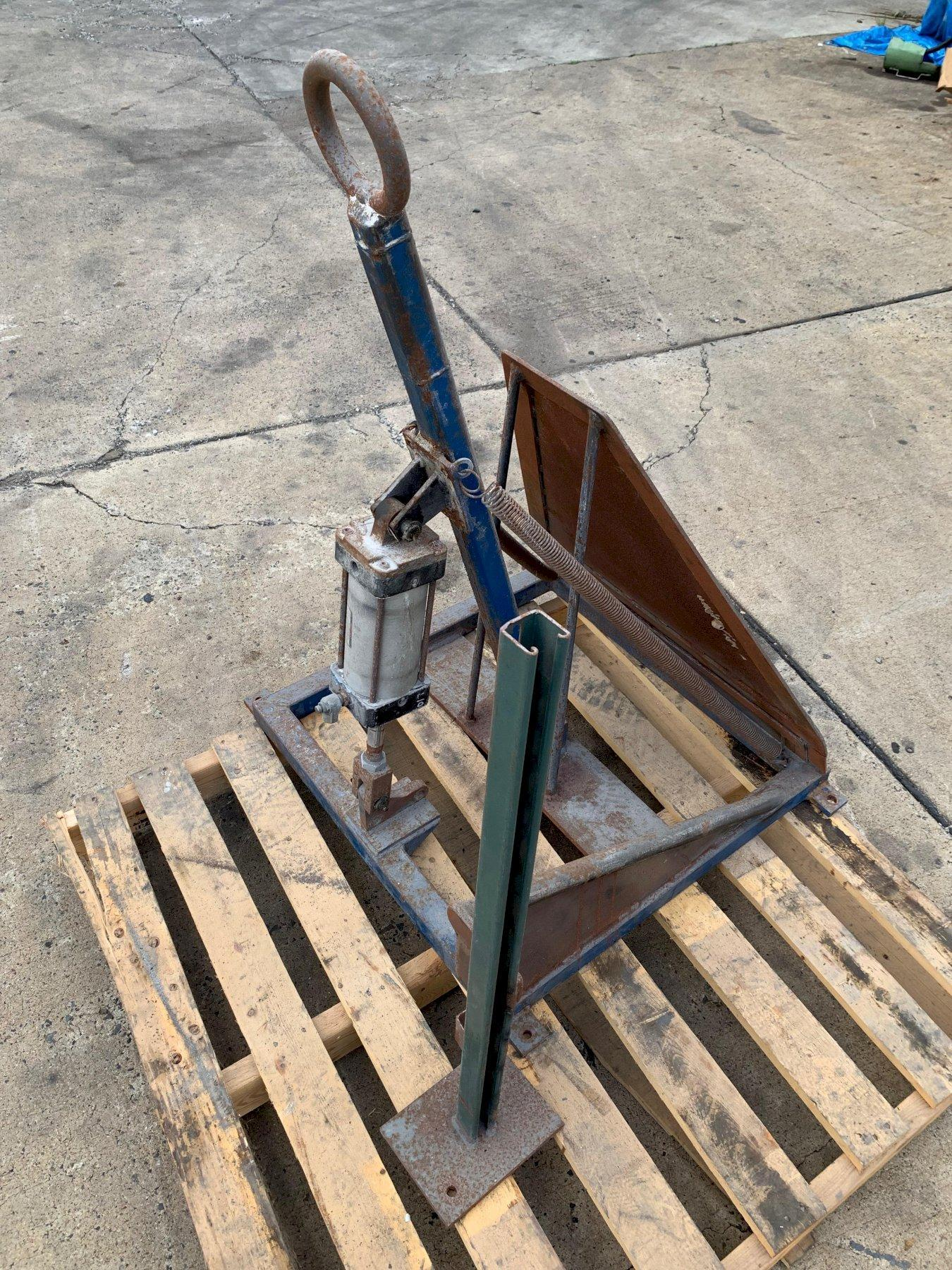 Wire Guide/Snag Detector