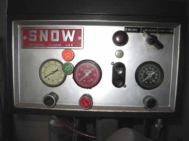 Snow NT-2 Nut Tapper