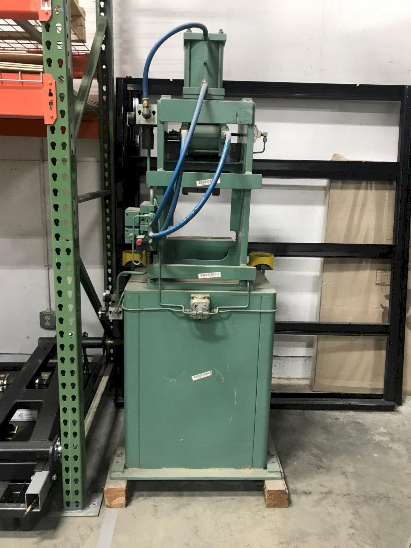 Columbia Marking Machine Model 860