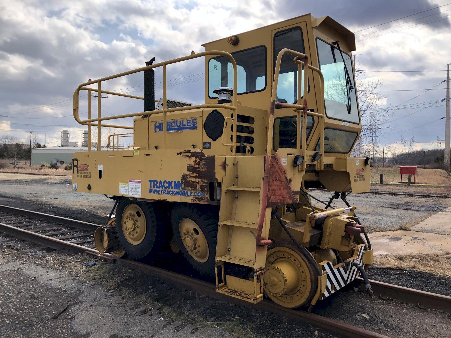 Trackmobile Hercules rail mover s/n lgn987531009 engine tm-1084476 s/n 46996757