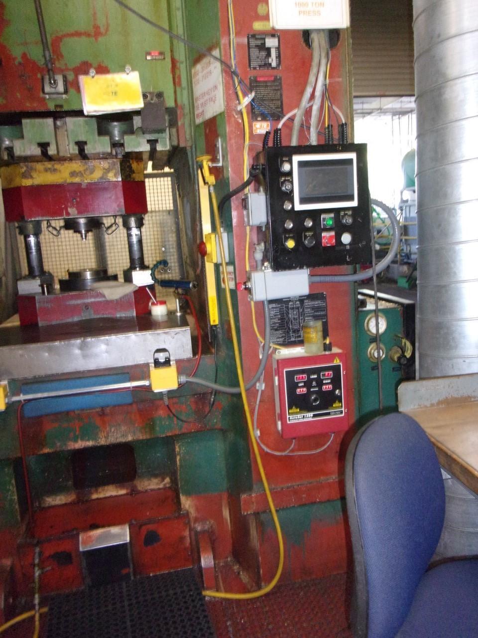 800 Ton Komatsu Knuckle Joint Press