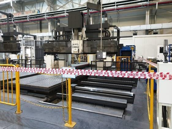 Okuma MCR-B III 5-Face, 30/50 CNC Double Column Machining Center, (2-Pallets) 8,000 RPM, BT 50 Taper, 72 ATC, OSP-P300M Control New 2014