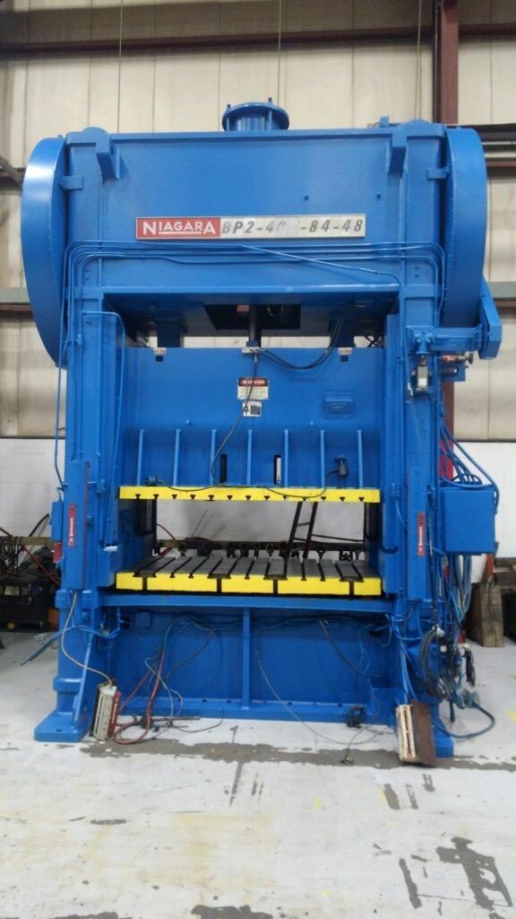 400 Ton NIAGARA BP2-400-84-48 Straight Side Press