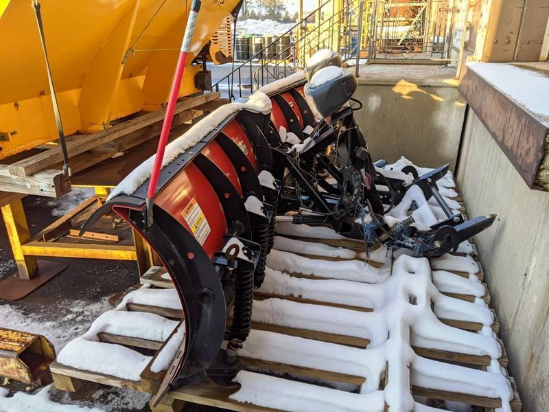 8' WESTERN MVP PLUS DOUBLE BLADE V-PLOW ATTACHMENT