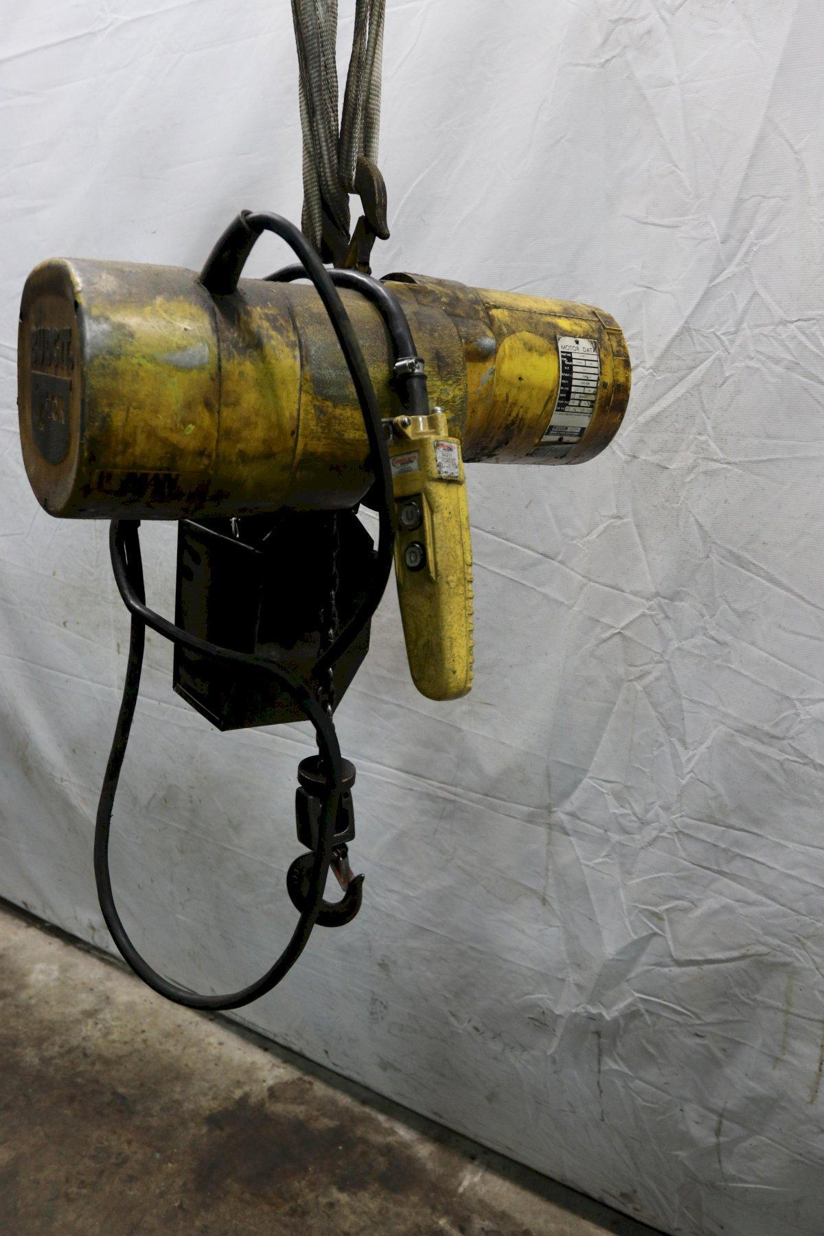 1/4 TON BUDGIT ELECTRIC CHAIN HOIST : STOCK #11989
