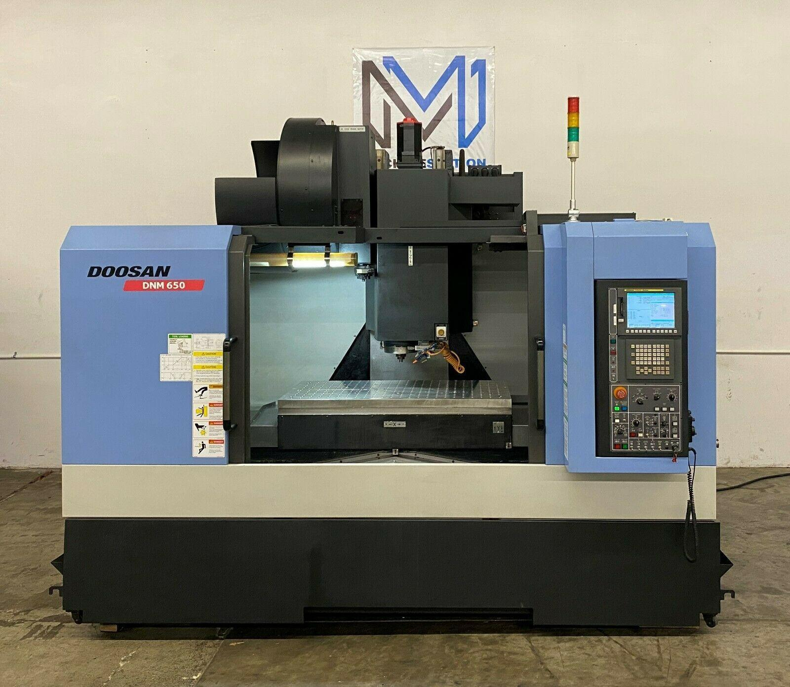 DOOSAN DNM-650 VERTICAL MACHINE CENTER
