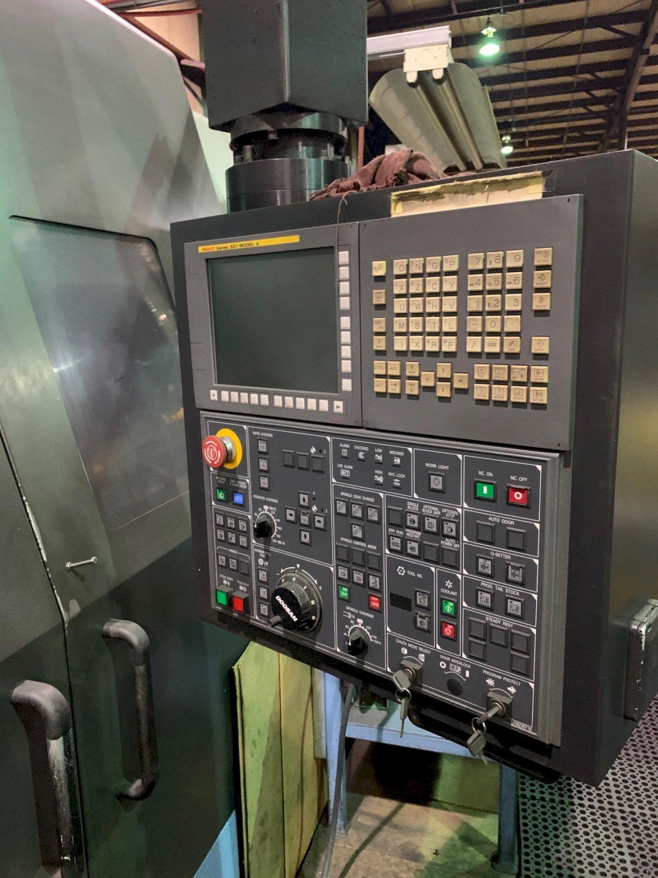 DOOSAN2012 Doosan Puma 700 CNC Lathe