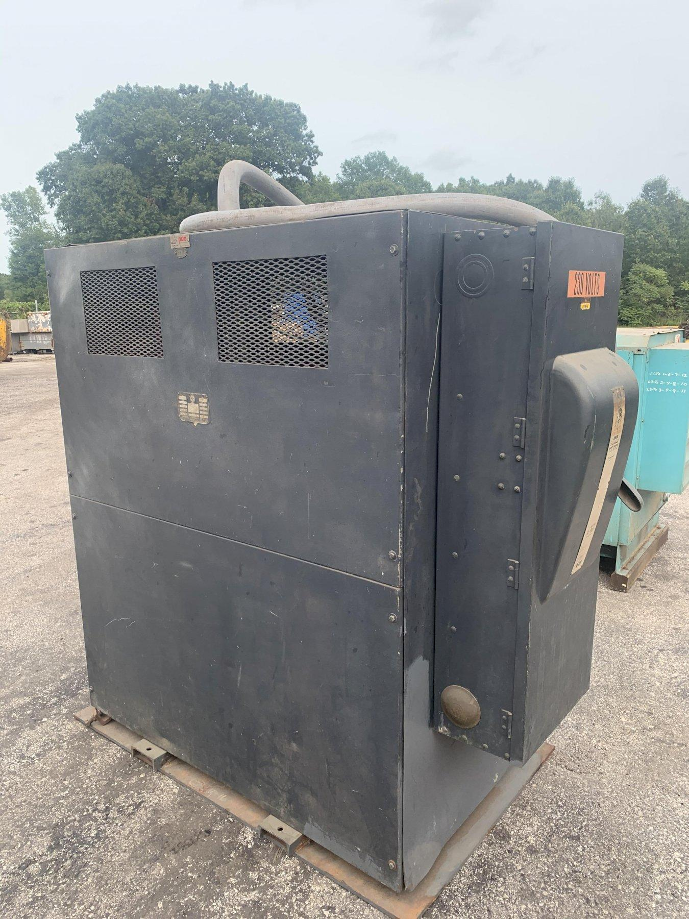 200 KVA MARCUS 440 TO 220 ELECTRICAL 3 PHASE TRANSFORMER: STOCK 13706