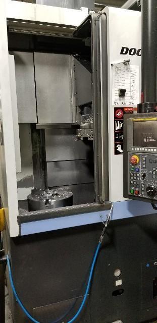 Doosan Puma V 400 (2012) CNC Turning Center Fanuc 0i CNC Control
