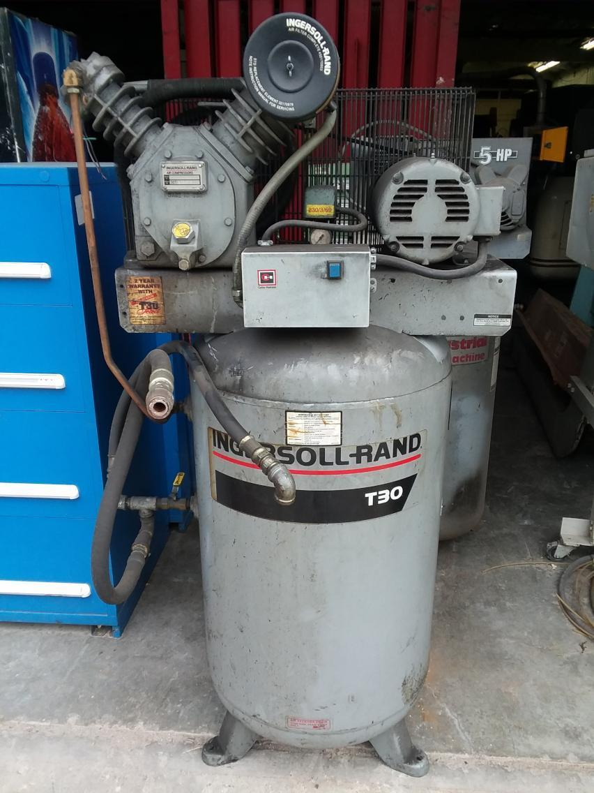 1 - PREOWNED INGERSOLL RAND T30 2 STAGE VERTICAL AIR COMPRESSOR, MODEL #: 2475N5, S/N: 836579