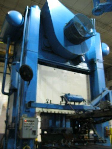 800 Ton Verson S2-800-108-60 Straight Side Press
