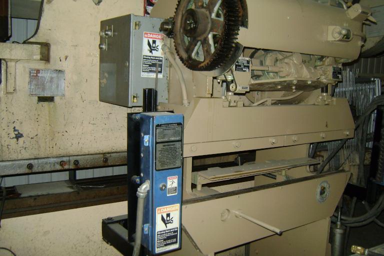 1 - PREOWNED VERSON 15 TON x 4 ft, MECHANICAL PRESS BRAKE, MODEL #: 16-48, S/N: 10523, YEAR: 1954