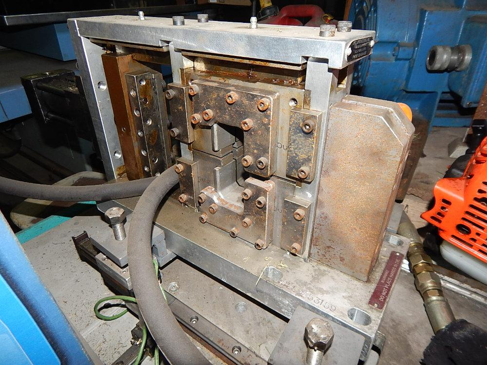 Used Flying Hydraulic Cut-Off Die, Stock No. 10208
