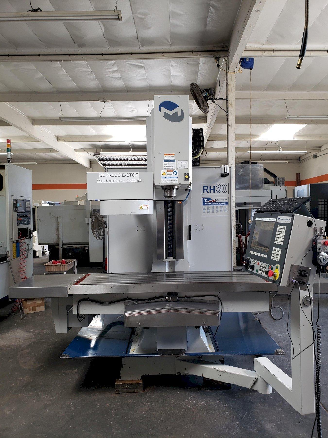 Milltronics RH30L Toolroom Mill 2013 with: Milltronics 8200 CNC Control, 60