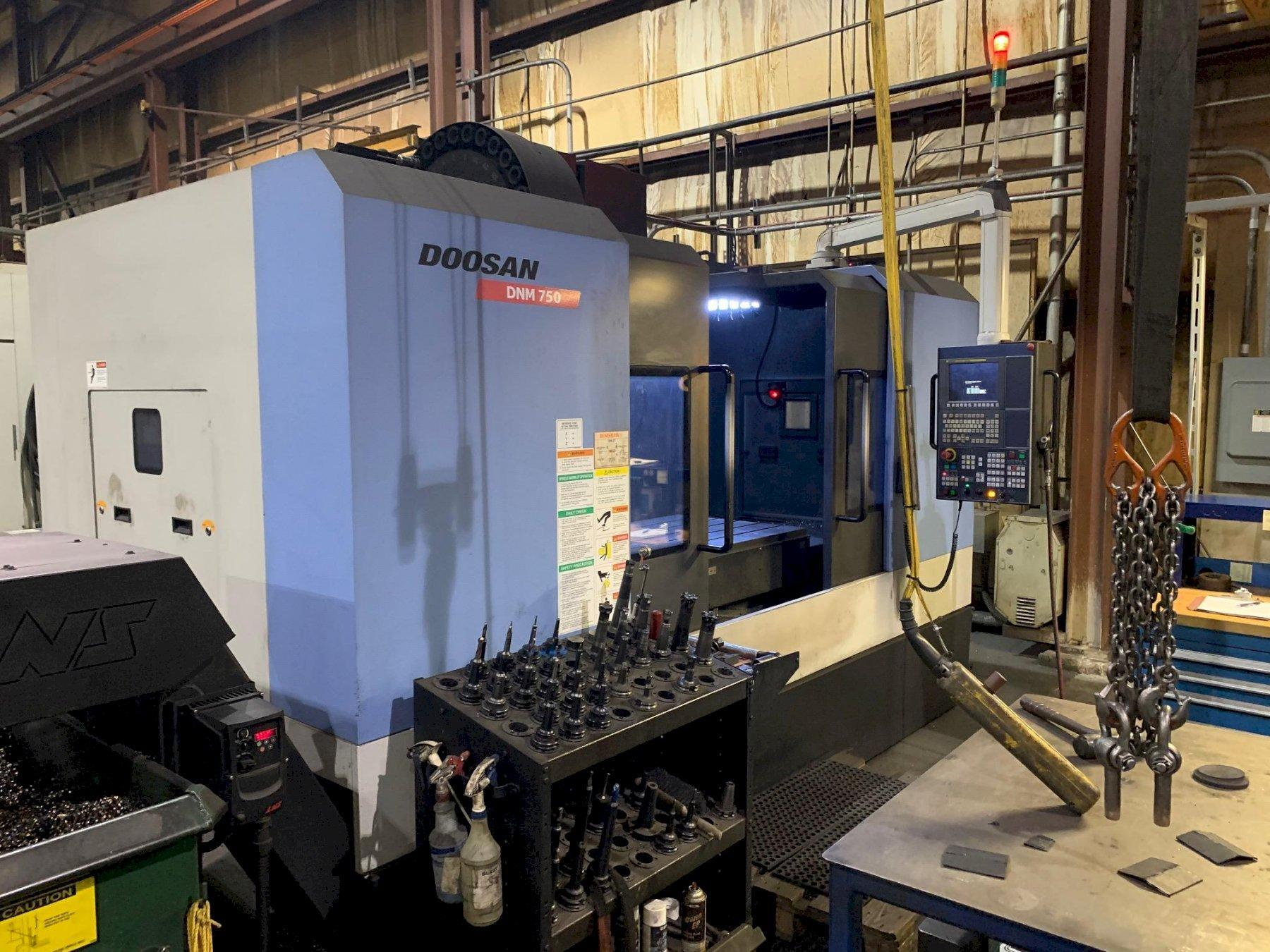 2015 Doosan DNM 750 CNC Vertical Machining Center
