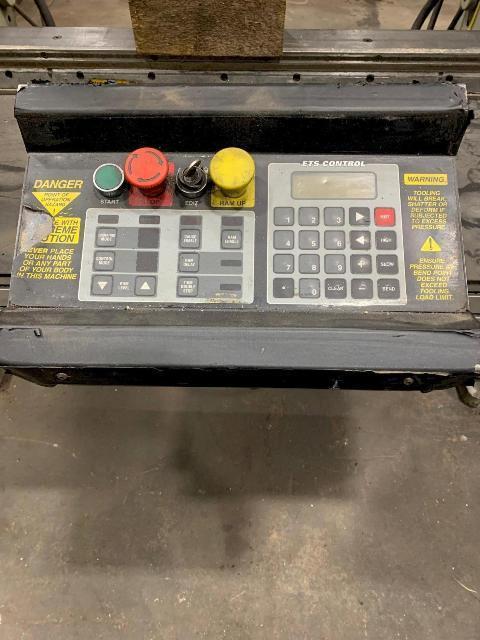 Accurpress # 7606 Hydraulic Press Brake (1998)