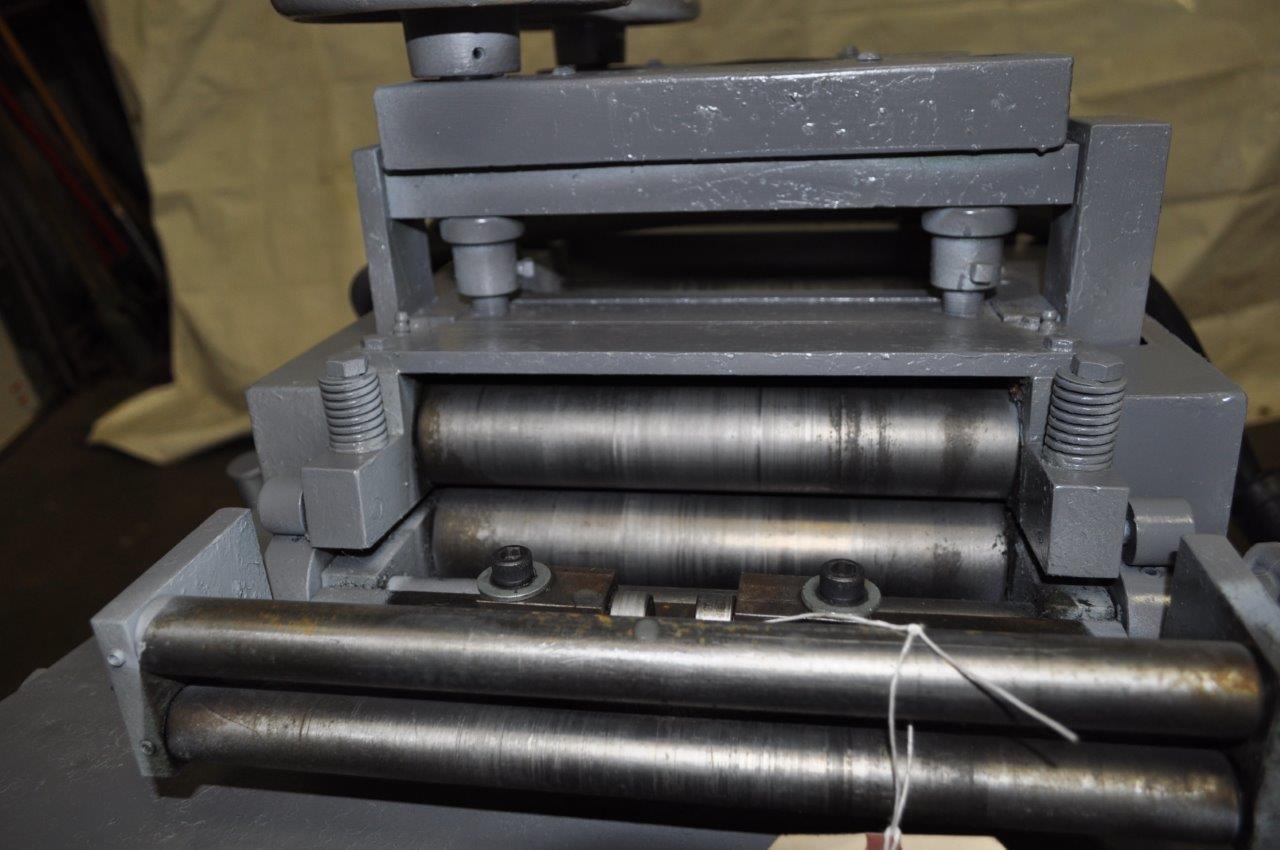 "2000 LB x 10"" x .105"" Rowe Coil  Cradle Straightener"