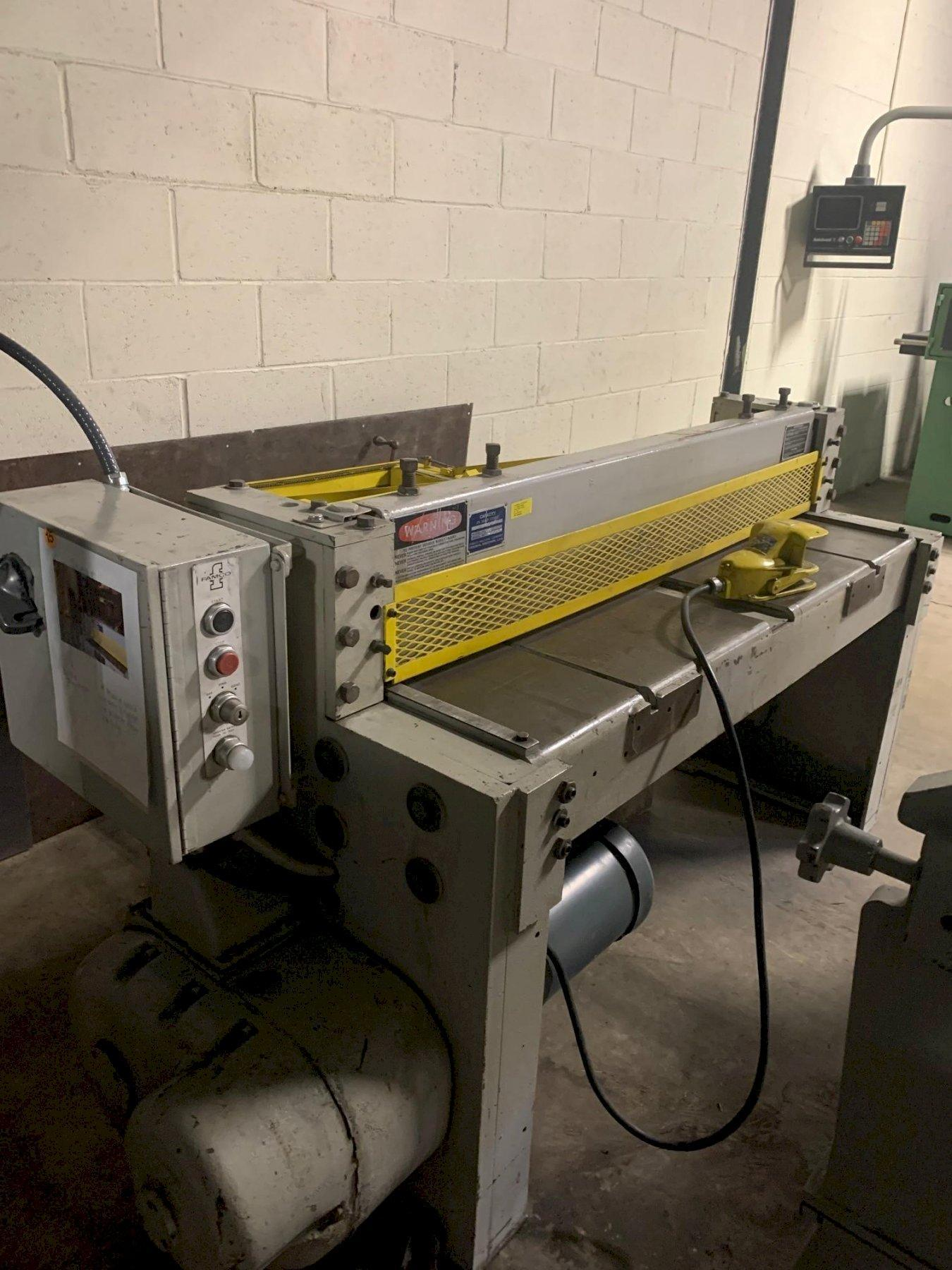 "12 Ga x 52"" Famco Mechanical Power Shear Model 1252"