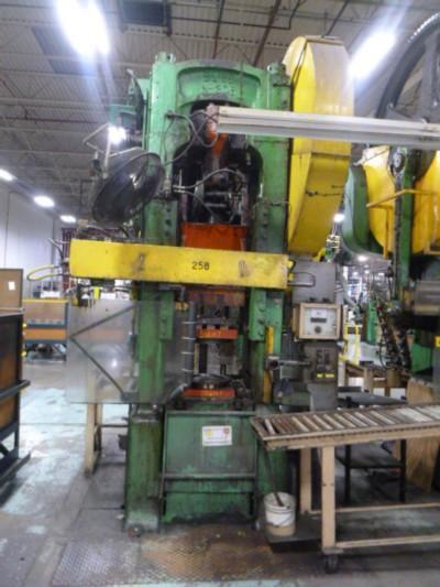 135 TON BLISS MODEL 306 STRAIGHT SIDE SINGLE CRANK TRIM PRESS   Our stock number: 115013