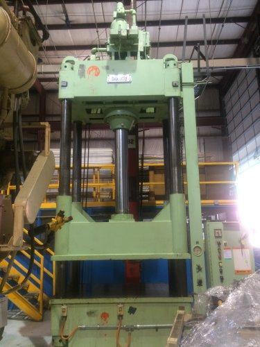 200 Ton Dake model #27-541 Hydraulic Press
