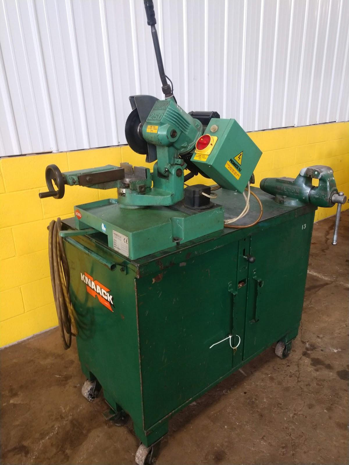 BROWN MODEL #250 ABRASIVE PIPE SAW ON PORTABLE TOOLBOX BENCH: STOCK #13041