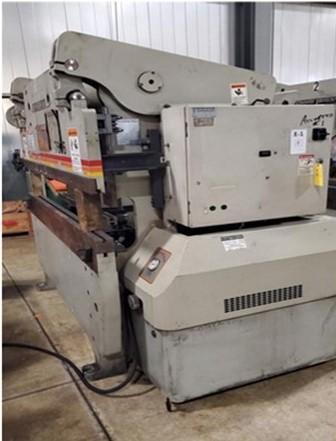 2002 Accurpress 7606, 6' x 60 Ton Hydraulic Press Brake
