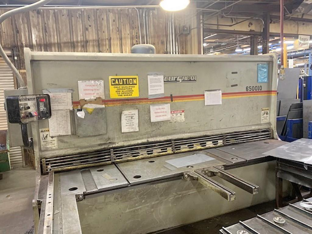 "2004 Accurshear 650010, 10' x 1/2"" Hydraulic Shear"