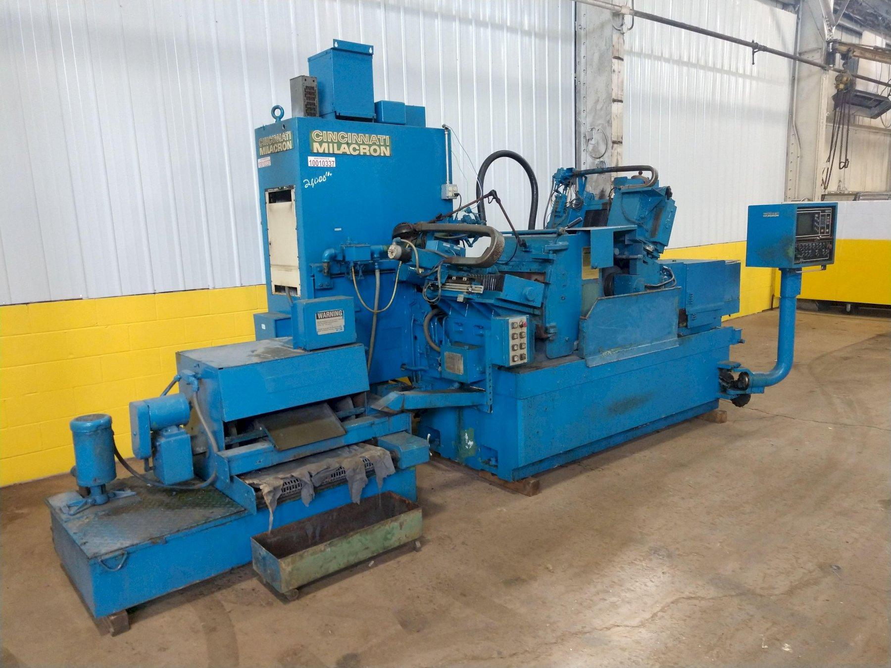 "3"" CINCINNATI MODEL #220-8 CENTERLESS GRINDER: STOCK 12532"