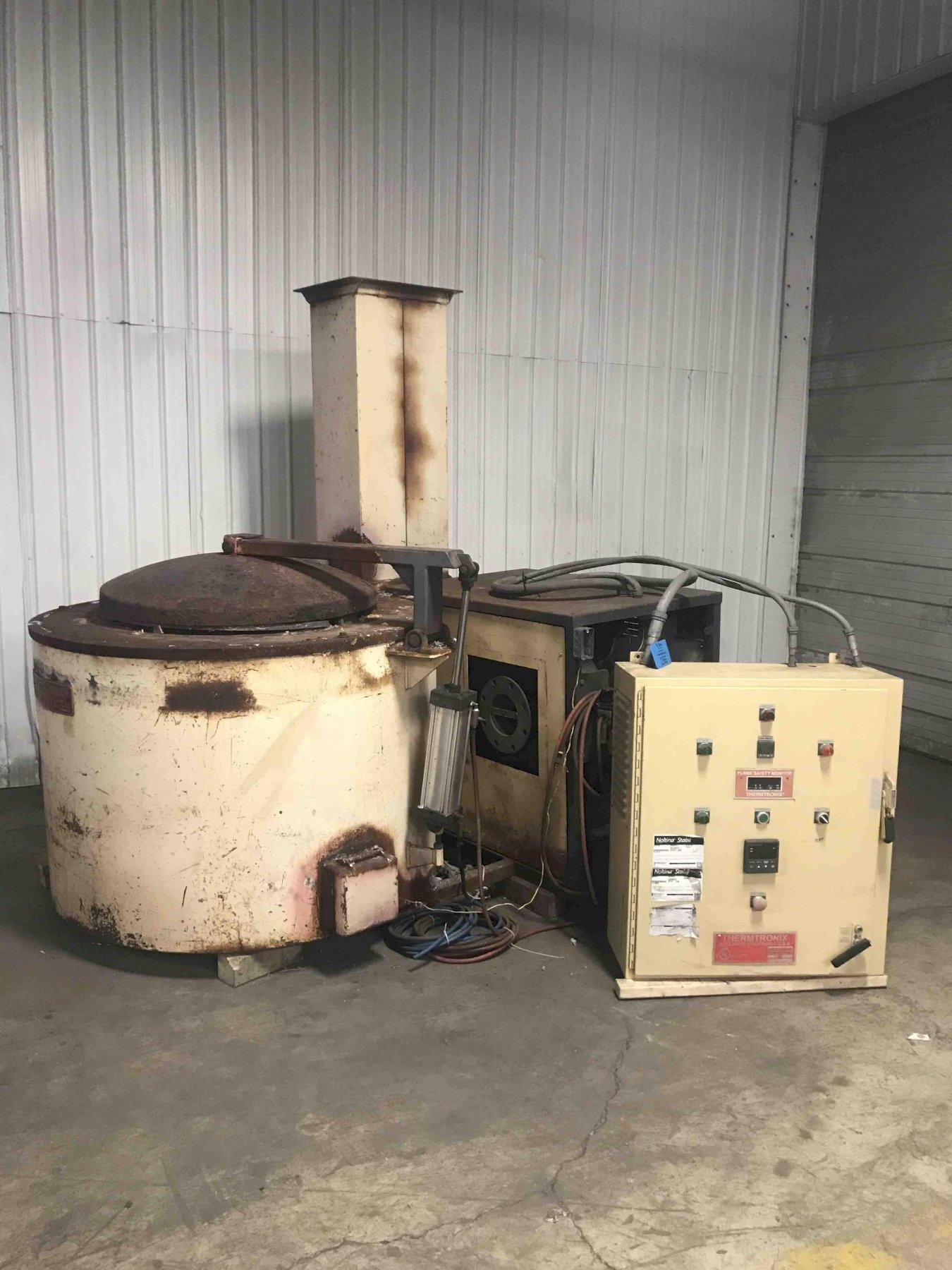 THERMTRONIX MODEL GS-700 GAS FIRED MELTING FURNACE S/N 089122 WITH CONTROLS