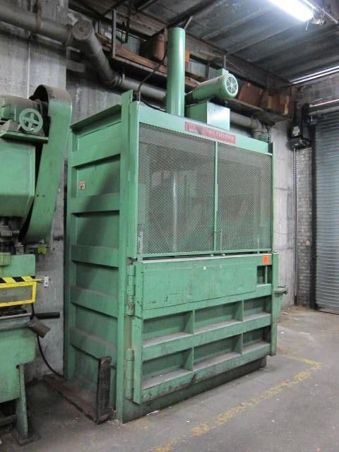 "72"" Philadelphia Tramrail Vertical Downstroke Baler Model 7200HD"