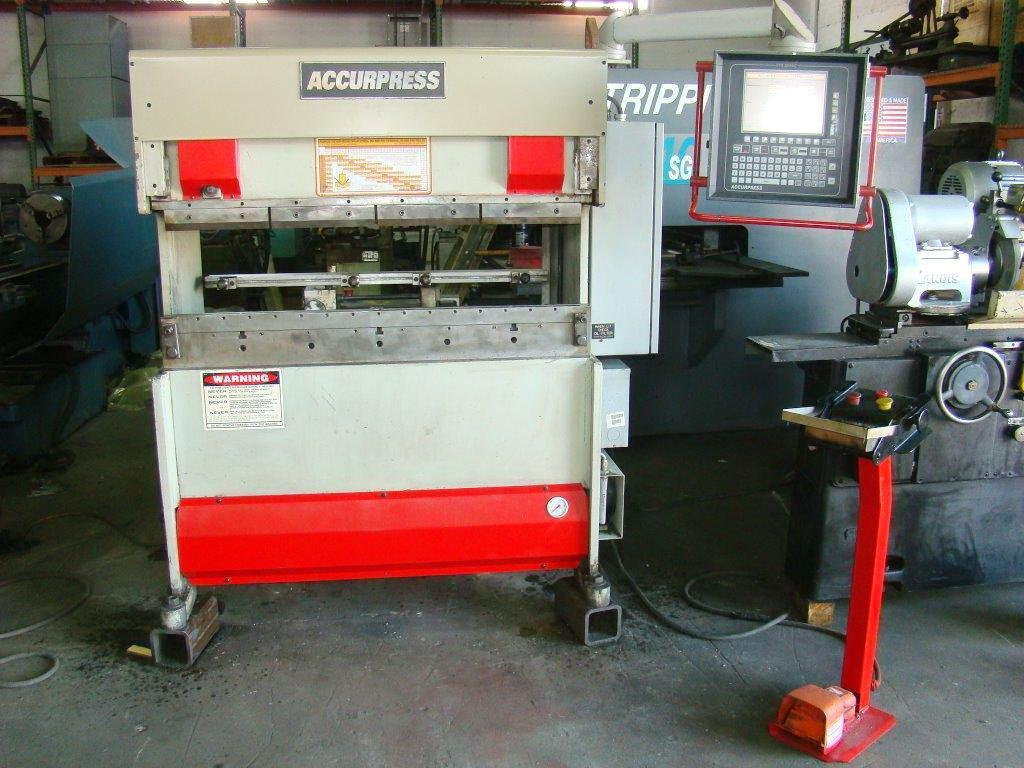"25 Ton x 51"" ACCURPRESS Hydraulic Press Brake with ETS 3000 CNC 3 Axis, Ready to go."