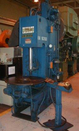 "20 TON SCHULER LEUKART #OGF-20, C FRAME, 18"" STR, 24"" DL, 36"" ROTARY TABLE, DUAL PALM BUTTONS, 1983 (6979)"