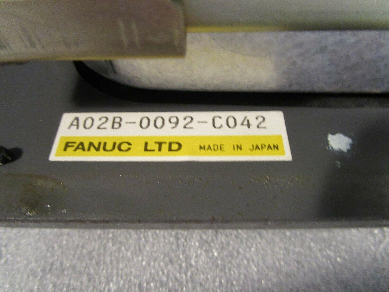 Fanuc 0M CRT and Operator Station A02B-0092-C042 CRT A61L-0001-0093