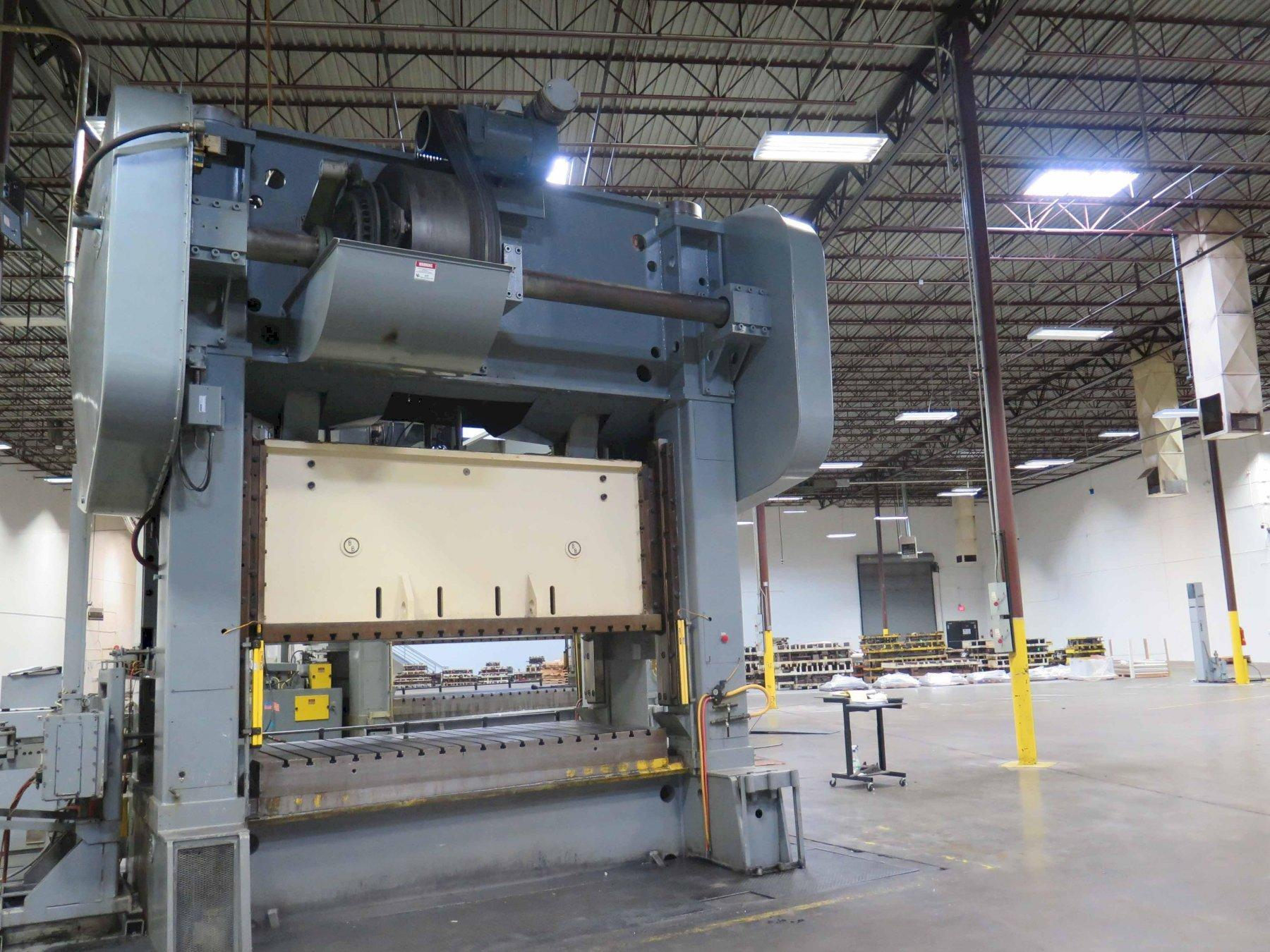 """600 TON BROWN AND BOGGS 120"""" x 60"""" SSDC PRESS"""