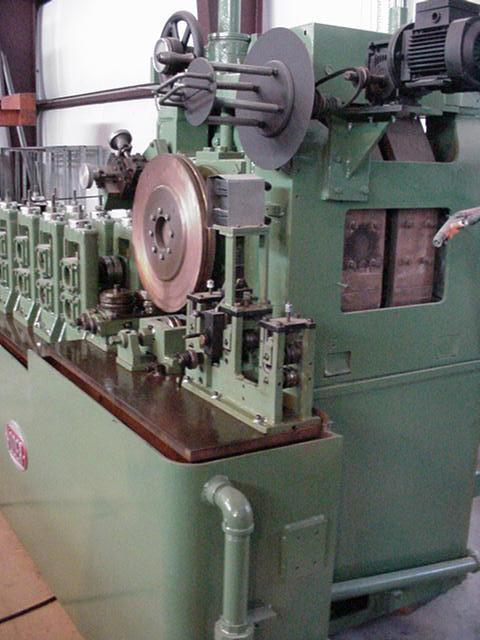 """.5"""" Yoder Model W15 Reducing Mill"""